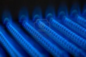 Llamas de un quemador de gas bien ajustado